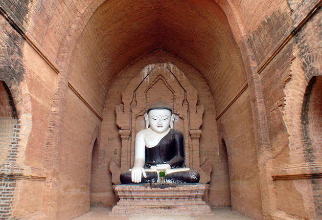 Buddha image inside the temple