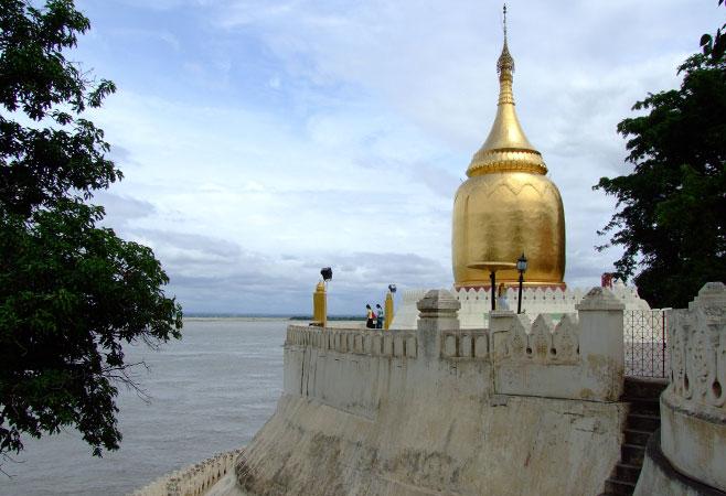 Bu Pagoda on the bank of Ayeyarwaddy River