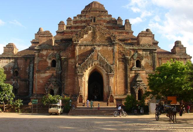 The massive Dhammayangyi