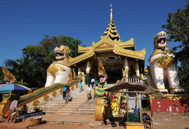 Kyauktawgyi Pagoda - Yangon Myanmar