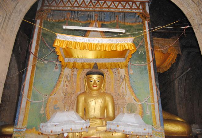 Another buddha image - Leimyethna Pagoda - Bagan Myanmar