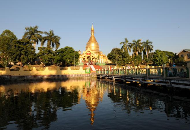 Mahawizaya Pagoda - Yangon Myanmar