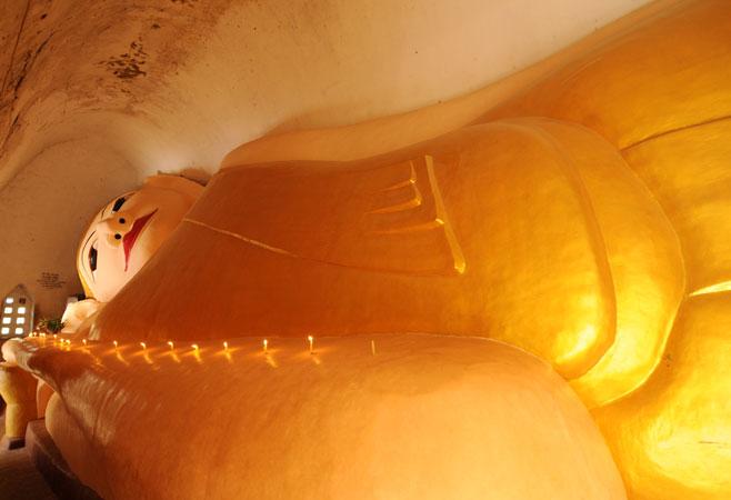Huge Reclining Buddha Image