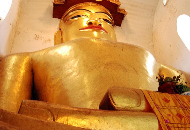 Large sitting Buddha Image inside the pagoda