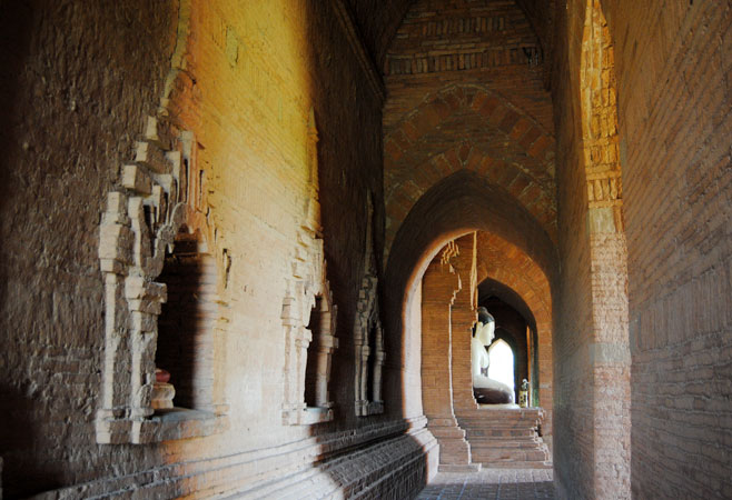 The corridor of the temple