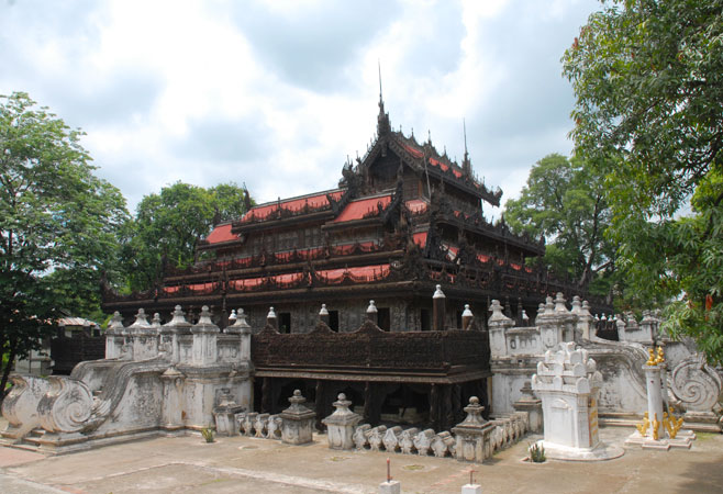 Shwenandaw Monastery in Mandalay
