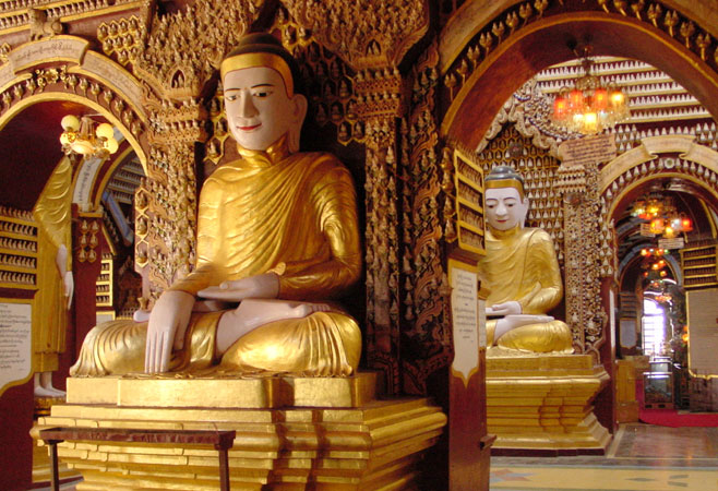 Inside are more than 512028 small and large Buddha images