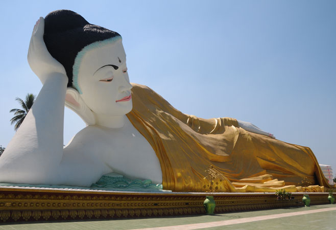 Myatharlyaung Reclining Buddha Image